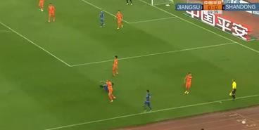 Удаление Кадара в дебютном матче в Китае