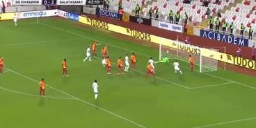 Первый гол Рыбалки в ворота «Галатасарая»