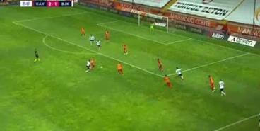 Артем Кравец отличился голом в ворота «Бешикташа»